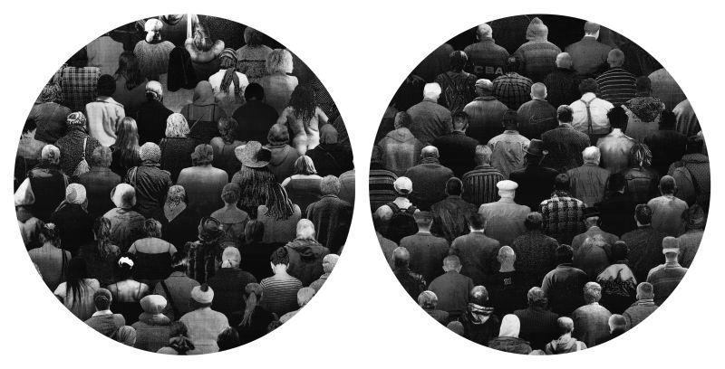 """Roman Gajewski, """"Galaktyka F"""", """"Galaktyka M"""" (dyptyk), 2010, tech. własna, druk cyfrowy, fi 124,2 cm (x2)"""